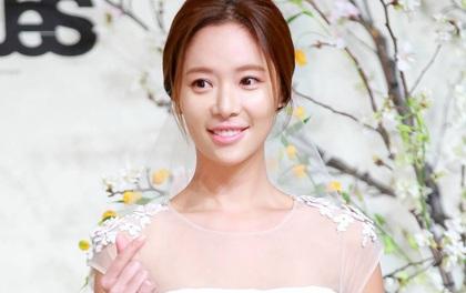 Tiết lộ mang thai 4 tháng, Hwang Jung Eum bị nghi cưới chạy bầu với chồng CEO