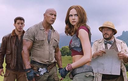 """""""The Rock"""" nóng bỏng trong trailer đầu tiên của """"Jumanji: Welcome to the Jungle"""""""