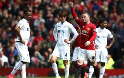 TRỰC TIẾP (Hiệp 2) Man Utd 1-1 Swansea: Tuyệt phẩm sút phạt