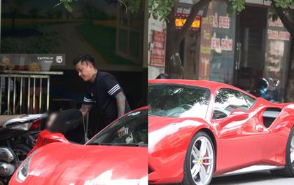 """Tuấn Hưng chở vợ bằng """"xế khủng"""" Ferrari 16 tỷ mới tậu nổi bật trên phố"""