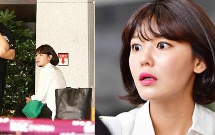 Sooyoung (SNSD) hoảng hốt vì không được lên máy bay do quên mất hộ chiếu