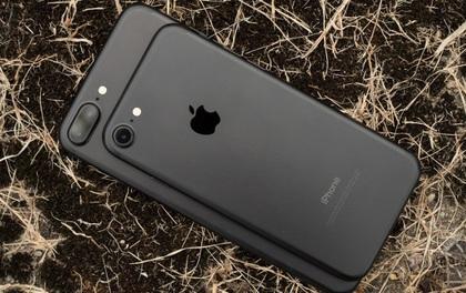 Đến cha đẻ thiết kế iPhone 7 Plus còn ghét bỏ nó, bảo sao iPhone X phải thay đổi đột phá như vậy