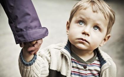 Đang bế trẻ trên tay còn bị bắt cóc nên đây chính là nguyên tắc mà người lớn nào cũng phải nắm rõ