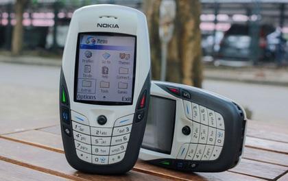 Tưởng thế nào, iPhone hóa ra còn thua xa những chiếc điện thoại cục gạch này