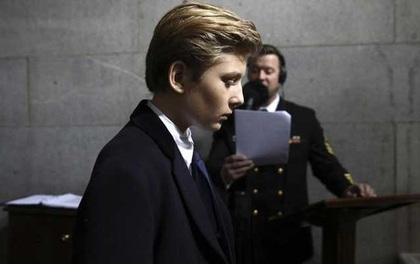 Cậu út nhà Trump ở Nhà Trắng, học trường tư bang Maryland