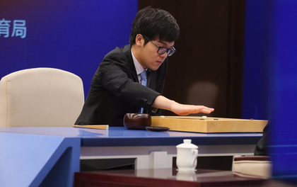 Máy tính trí tuệ nhân tạo Google đánh bại nhà vô địch thế giới cờ vây