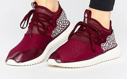 Tết phải sắm ngay vài đôi giày đỏ như thế này mới chất