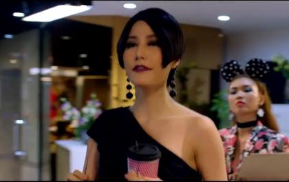 """Clip: Đoạn bắn thoại """"quíu cả lưỡi"""" của Diễm My 9x trong """"Cô Ba Sài Gòn"""""""