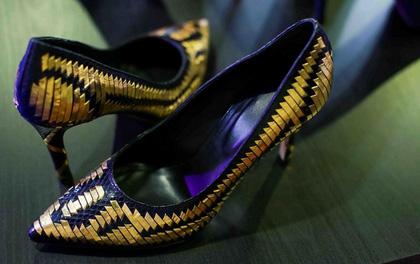 Lộ diện đôi giày cao gót đắt nhất thế giới giá 750 triệu đồng