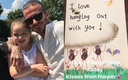 Harper Beckham lớn phổng phao, làm thiệp siêu đáng yêu tặng bố