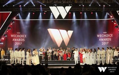 """Các nghệ sĩ, nhóm nhạc Vpop hoà giọng đầy xúc động trong ca khúc chủ đề """"Bình tĩnh sống"""" trên sân khấu Gala WeChoice Awards 2017"""