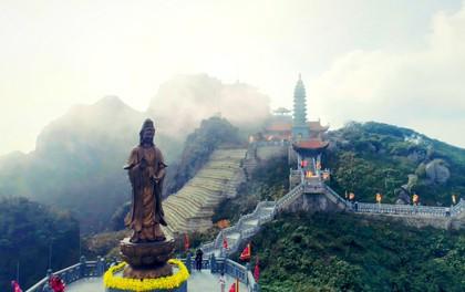 Kiến trúc chùa Việt trên đỉnh núi đẹp như tiên cảnh trên đỉnh Fansipan