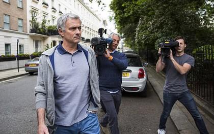 Dấu hiệu cho thấy Mourinho đang chán công việc ở Man Utd