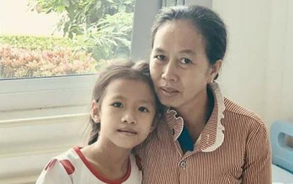 Tiền Giang: Chồng mất sớm, mẹ đơn thân nghẹn ngào nhìn con hôn mê vì sốt xuất huyết nặng