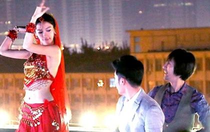 Angela Baby chịu rét vẫn quyến rũ mê hồn với điệu múa Ấn Độ