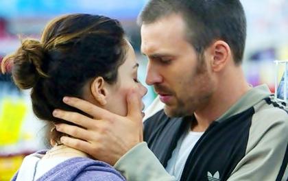 Khi Captain America giành vị hôn thê của... Mr. Fantastic