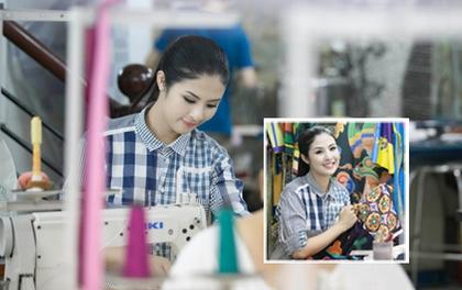 Hoa hậu Ngọc Hân tất bật trổ tài may vá