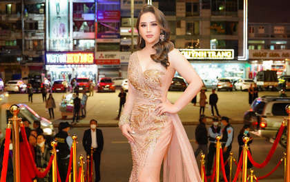 Hoàng Thị Thảo Nguyên nổi bật tại hàng ghế giám khảo chung kết Hoa hậu Doanh nhân Việt Nam Toàn cầu 2020