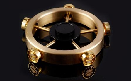 Xoay 12 phút liên tục không nghỉ: Chỉ có thể là con quay fidget spinner của người Nhật
