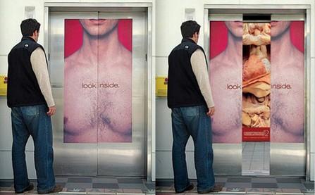 14 áp phích quảng cáo sáng tạo trên các thang máy của tòa nhà cao tầng
