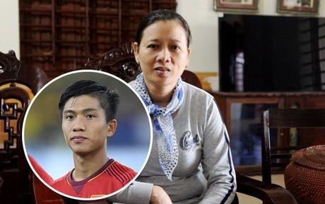 """Mẹ Văn Đức nói về bạn gái tương lai của con: """"Đức bảo chưa"""