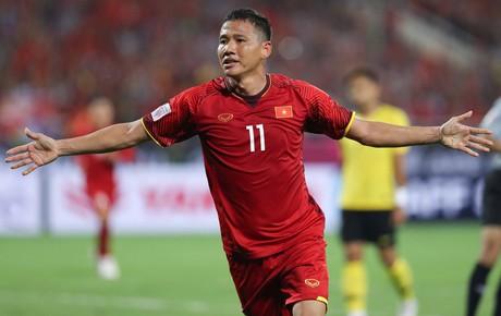 Trực tiếp Myanmar 0-0 Việt Nam: Công Phượng dứt điểm chệch cột dọc