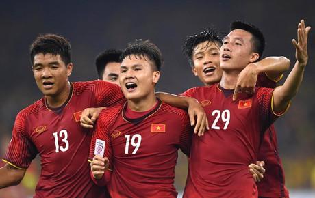 [Chung kết AFF Cup 2018] Malaysia 1-2 Việt Nam (H1): Huy Hùng, Đức Huy liên tiếp lập công