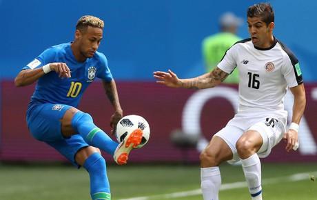TRỰC TIẾP (H1) Brazil 0-0 Costa Rica: Neymar phô diễn kỹ thuật cá nhân