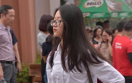 Sáng nay, 1 triệu thí sinh trên cả nước bước vào môn thi đầu tiên của kỳ thi THPT Quốc gia: Văn