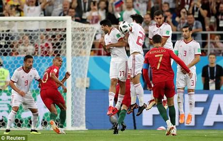 TRỰC TIẾP (H1) Iran 0-0 Bồ Đào Nha: Ronaldo và đồng đội bế tắc