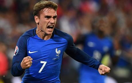 TRỰC TIẾP (H2) Pháp 2-1 Croatia: Mbappe bứt tốc dứt điểm nguy hiểm