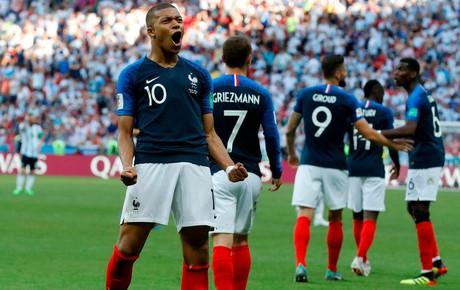 TRỰC TIẾP (H2) Pháp 4-2 Croatia: Mbappe đi vào lịch sử World Cup