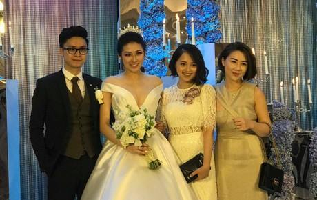 Diện váy cưới bồng bềnh, hôn lễ của Tú Anh với bạn trai kém tuổi đã chính thức bắt đầu!