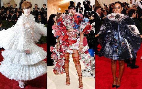 Hơn 30 bộ cánh này đã chứng minh: Còn mặt trận thời trang nào chặt chém ác liệt hơn Met Gala