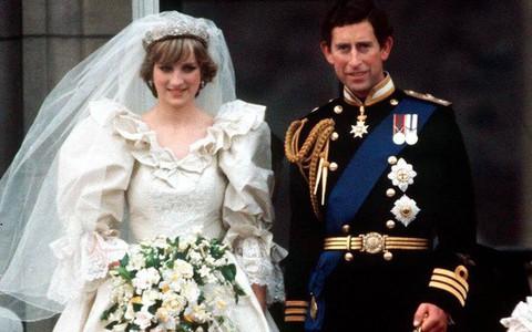 8 bí mật đằng sau phong cách của Công nương Diana sẽ khiến bạn càng nể phục sự tinh tế của bà