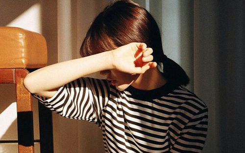 Thường xuyên buồn chán cũng gây tăng cân và đây là cách giải quyết