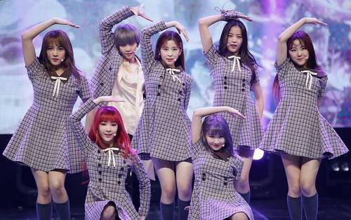 Girlgroup tân binh GWSN lại bị netizen so sánh với f(x) khi tiết lộ ý nghĩa tên nhóm