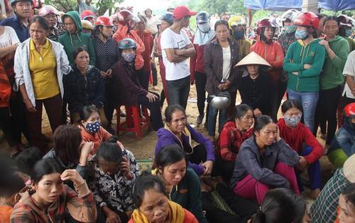 Vụ 4 người trong gia đình treo cổ tự tử ở Hà Tĩnh: Người cho vay tiền nói gì?