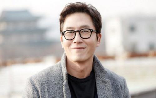Một năm sau ngày mất, giải Chuông Vàng 2018 tưởng nhớ nam diễn viên quá cố Kim Joo Hyuk