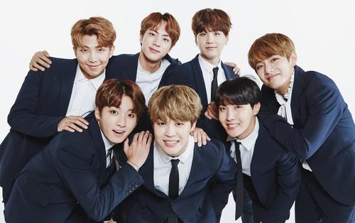Liên tiếp bị huỷ 3 chương trình lớn ở Nhật, fan lo ngại về chuỗi concert sắp tới của BTS tại đất nước này