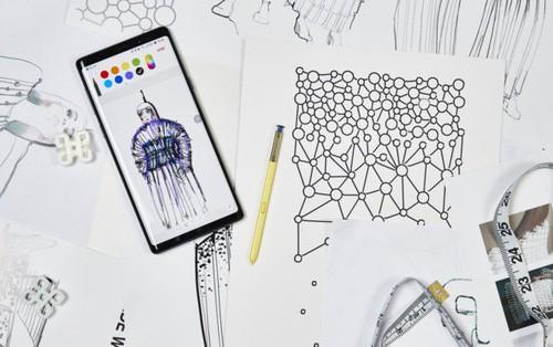Đây là minh chứng cho thấy smartphone hoàn toàn có thể cách mạng hóa ngành thời trang