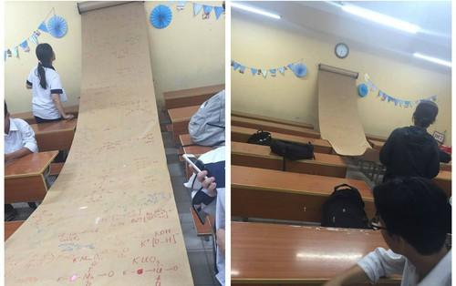 """Sợ học sinh quên bài, cô giáo """"hạ lệnh"""" chép công thức Hoá học ra tờ giấy to như """"chiếu dời đô"""" gắn trong lớp"""