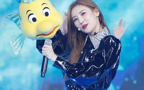 Nữ ca sĩ có lượng người nghe cao trong 24 giờ đầu năm 2018: Sunmi thua đối thủ mới nổi, hạng 1 quá dễ đoán