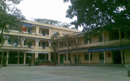 Nam sinh lớp 8 ở Đà Nẵng bị nhóm người lạ mặt đánh hội đồng ngay trước cổng trường