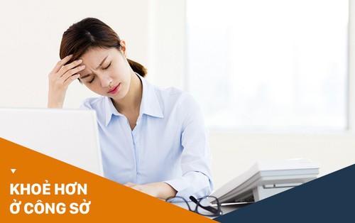 Các nữ nhân viên văn phòng khi bước vào độ tuổi 30 thường có nguy cơ cao mắc chứng rối loạn nội tiết tố
