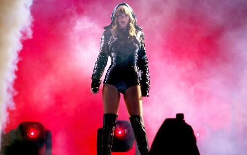 """Đây chính là 13 sự thật thú vị về tour diễn """"khủng"""" nhất trong sự nghiệp của Taylor Swift"""
