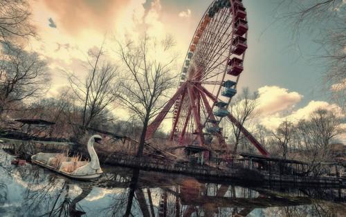 Spreepark: Từng là công viên giải trí hàng đầu nước Đức, lụn bại sau khi rơi vào tay trùm thuốc phiện rồi bị bỏ hoang suốt 16 năm qua
