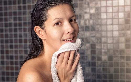 Những sai lầm thường gặp trong thói quen sinh hoạt hàng ngày khiến làn da của bạn ngày càng tồi tệ