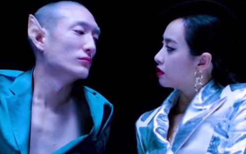 """Victoria (f(x)) sang chảnh, nắm tay trai """"đẹp lạ"""" trong teaser MV đầu tay"""