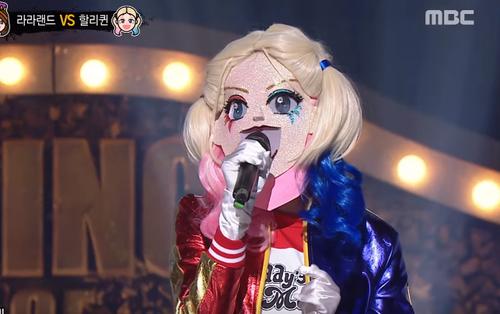 """Thành viên girlgroup """"em gái KARA"""" được khen nức nở trên show hát giấu mặt"""